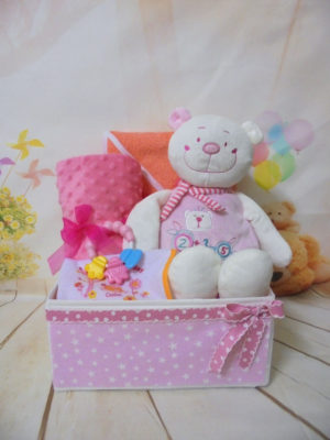 baby gift box baby bear pink